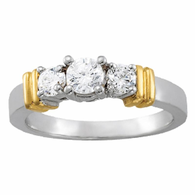 SEMI MOUNT ENGAGEMENT RING 3 STONE ROUND - 8D1R82564